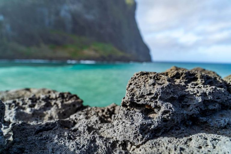 How to prepare lava rock for aquarium